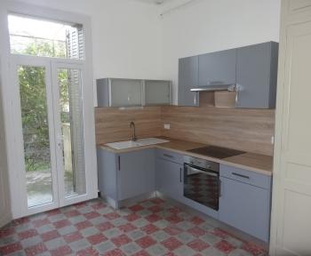 Location Maison avec jardin 3 pièces Nîmes (30000) - proche centre ville