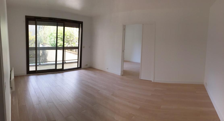 Appartement t2 louer paris 16 me arrondissement for Location paris 9