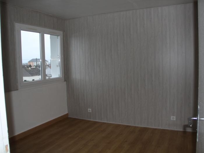 Location Appartement 3 pièces Mainvilliers (28300) - Quartier Centre Cial. les Acacias
