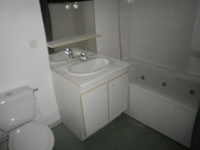 appartement t2 louer rouen 76000 quartier chu et fac de m decine. Black Bedroom Furniture Sets. Home Design Ideas