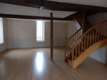 Location Appartement 4 pièces Courson-les-Carrières (89560)