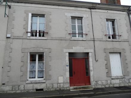 Location Appartement 3 pièces Cour-Cheverny (41700) - CENTRE BOURG