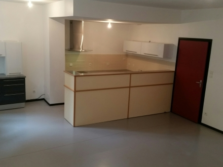 Location Appartement 3 pièces Avesnes-sur-Helpe (59440) - centre ville