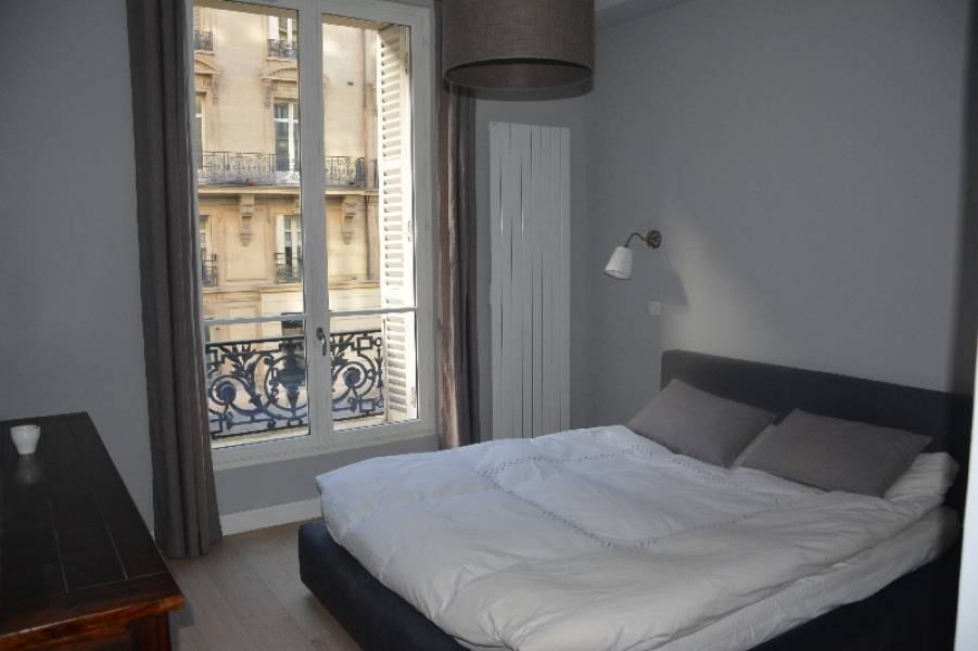 Appartement t5 louer paris 17 me arrondissement for Appartement meuble location paris