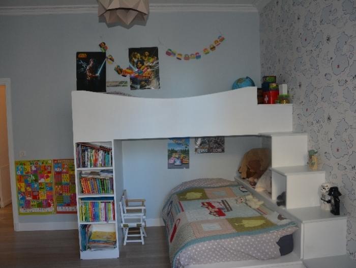 Appartement t5 louer paris 17 me arrondissement for Piscine 75017