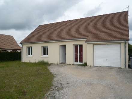 Location Maison avec jardin 4 pièces Contres (41700) - Secteur calme