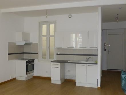 Location Appartement rénové 3 pièces Châlons-en-Champagne (51000) - centre-ville