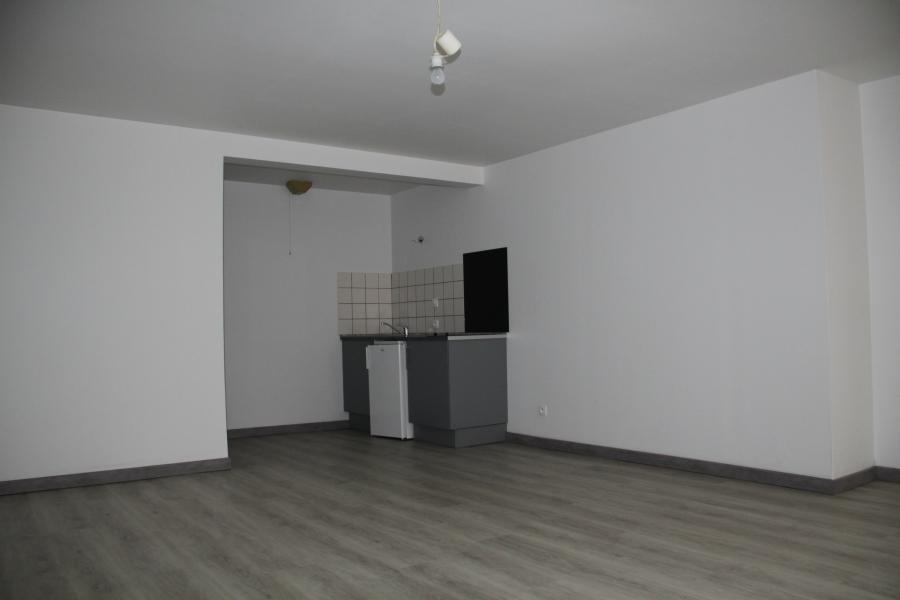 appartement t1 louer chartres 28000 quartier proche cin ma. Black Bedroom Furniture Sets. Home Design Ideas