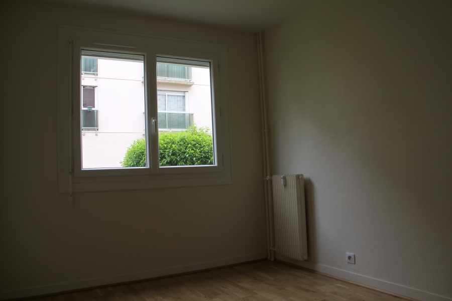 Appartement t4 louer chartres 28000 quartier grand faubourg - Location appartement chartres ...
