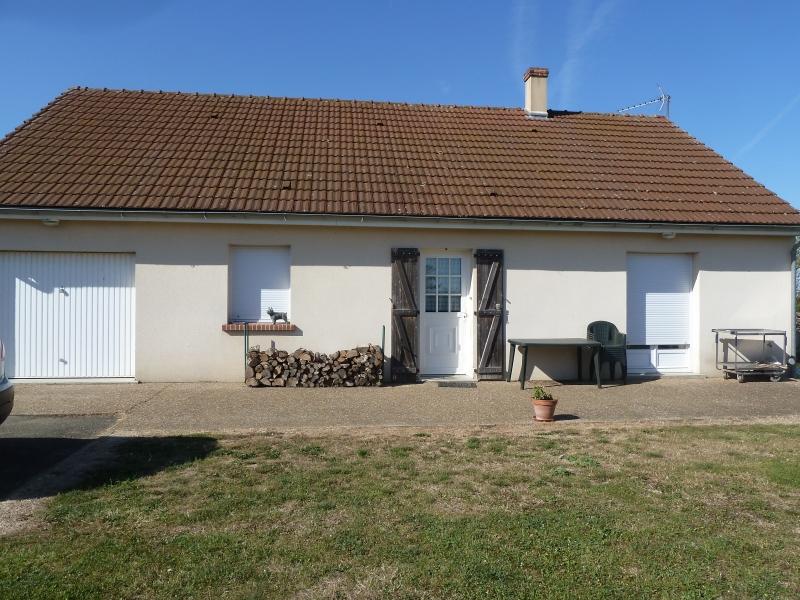 Maison avec jardin t4 louer dangeau 28160 for Location appartement maison avec jardin