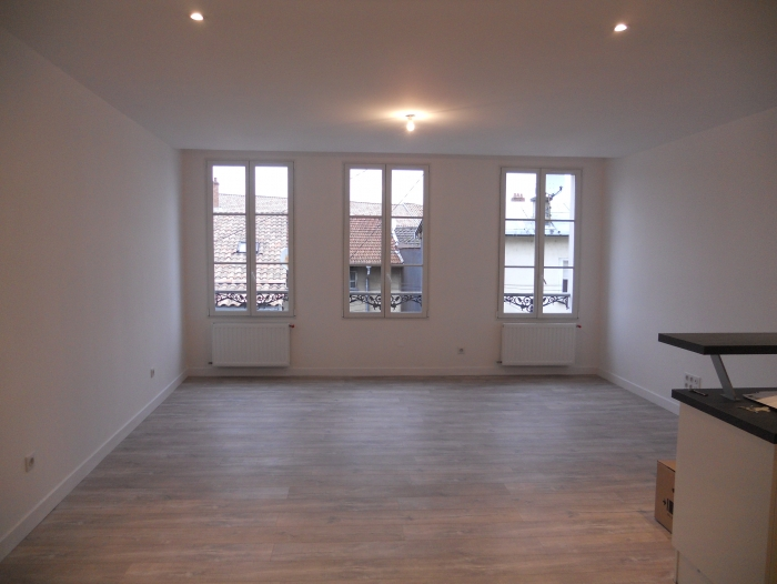 Location Appartement 4 pièces Sainte-Menehould ()
