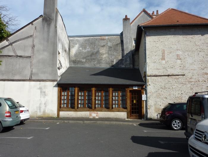 Location Local professionnel 6 pièces Romorantin-Lanthenay (41200)