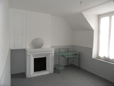 Location Appartement 2 pièces Thésée (41140) - TRES BON ETAT