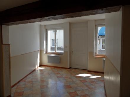 Location Maison de ville 3 pièces Contres (41700) - Coeur de village