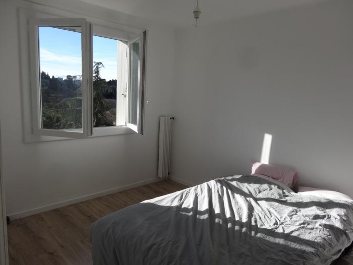 Location Appartement meublé 2 pièces Nîmes (30000) - Mont Duplan
