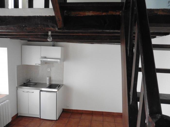 Location Maison de ville 2 pièces Montfort-l'Amaury (78490)