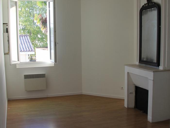 Location Appartement 3 pièces Latresne (33360) - Centre - Cour Commune