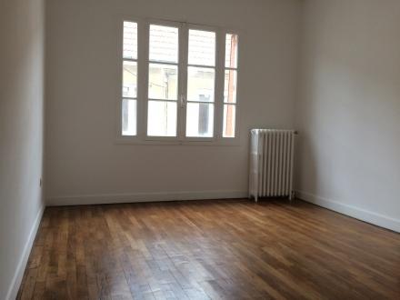 Location Appartement 3 pièces Cosne-Cours-sur-Loire (58200) - Gare