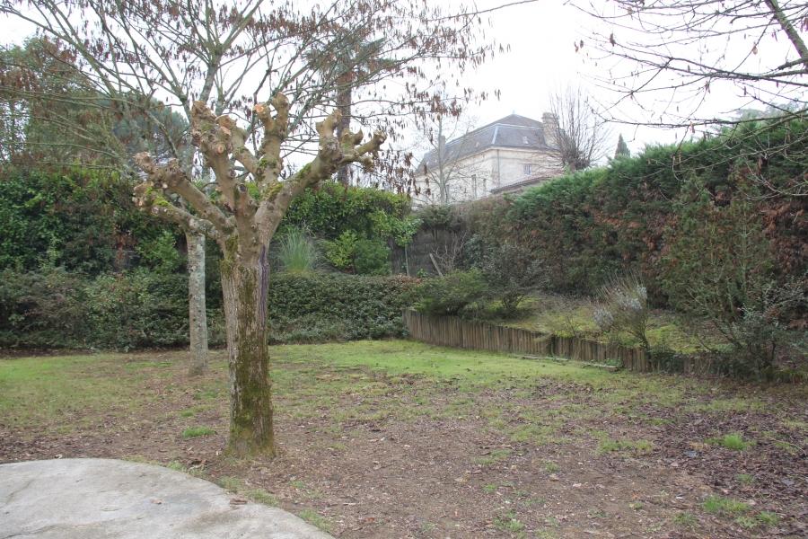 Maison t5 louer floirac 33270 quartier avec jardin for Piscine floirac