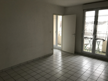 Location Studio 1 pièces Chartres (28000)