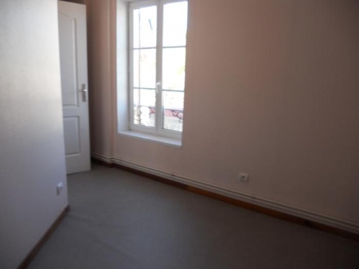 Location Appartement 4 pièces Sainte-Menehould (51800)