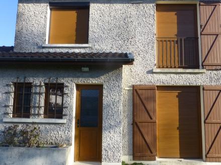 Location Maison  pièces Vitry-la-Ville (51240)
