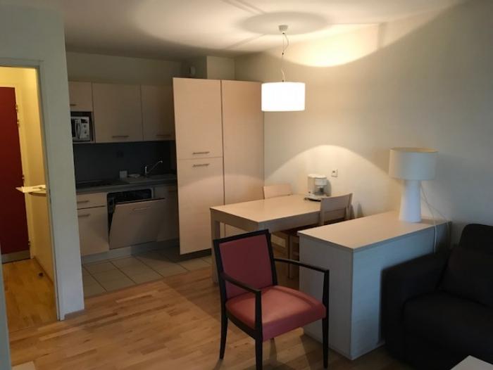 Location Appartement 2 pièces Divonne-les-Bains (01220) - PROCHE DU LAC