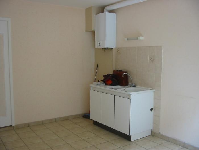 Location Appartement 2 pièces Cosne-Cours-sur-Loire (58200) - Proche centre-ville et gare