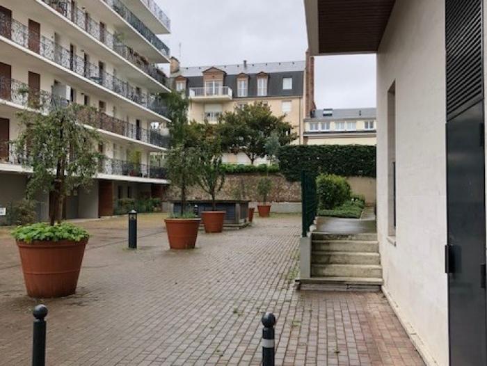 Location Appartement 3 pièces CHARTRES () - PROCHE THEATRE CINEMA