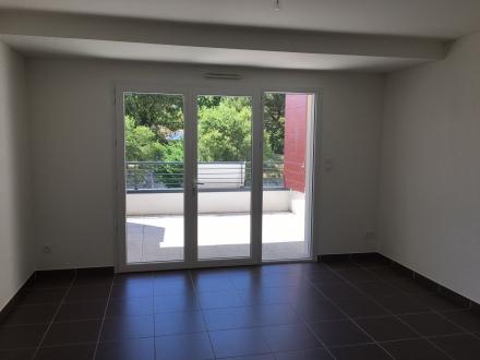 Location Appartement 2 pièces Nîmes (30000) - CAMPLANIER