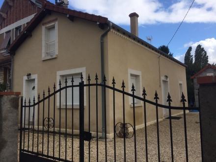 Location Maison 3 pièces Cosne-Cours-sur-Loire (58200) - proche centre-ville