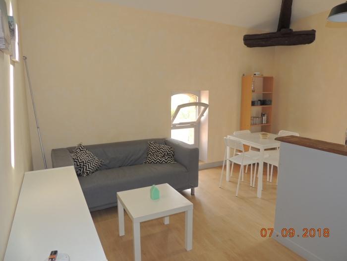 Location Appartement meublé 2 pièces Nogaro (32110) - Proche centre
