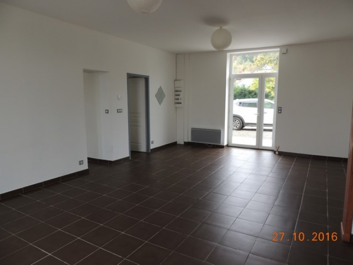 Location Appartement 4 pièces Castelnau-Rivière-Basse (65700) - ANCIENNE GARE