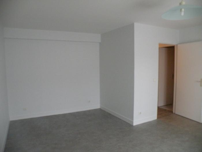 Location Appartement 2 pièces verneuil d'avre et d'iton () - centre ville VERNEUIL
