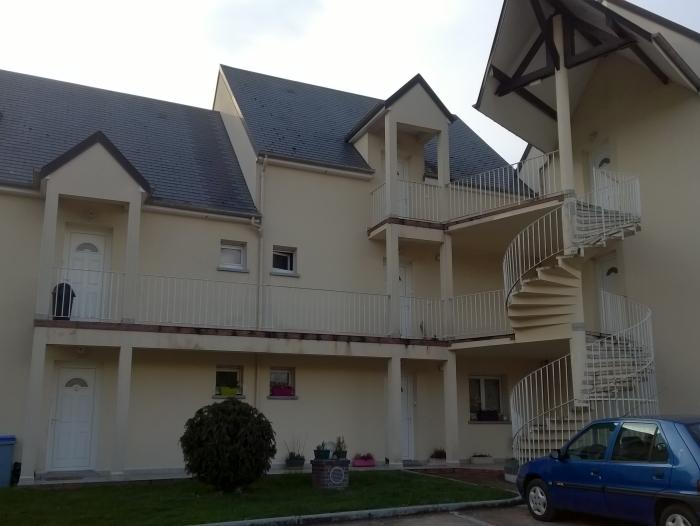 Location Appartement 2 pièces BRETEUIL  () - CENTRE VILLE