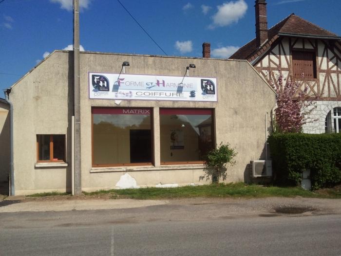Location Boutique 2 pièces BRETEUIL  () - PROCHE CENTRE VILLE