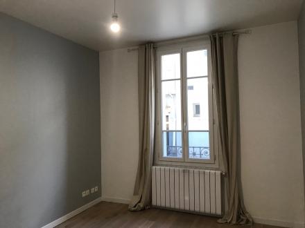 Location Appartement 2 pièces Chantilly (60500) - CENTRE VILLE PROCHE GARE