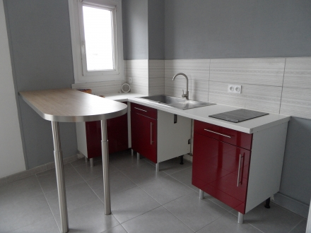 Location Studio Contres (41700) - Centre bourg