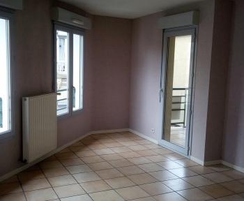 Location Appartement 3 pièces Villefranche-sur-Saône (69400)