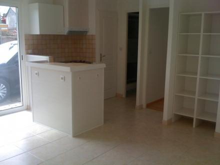 Location Appartement 2 pièces Saint-Macaire (33490)
