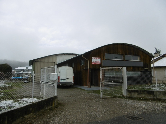 Location Local professionnel  pièces Saint-Sauveur (38160)