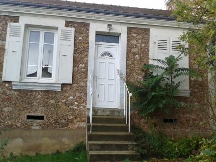 Location Maison 2 pièces Lardy (91510) - Bourg