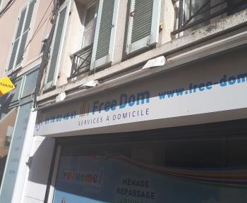 Location Boutique 1 pièces Étampes (91150) - Centre-Ville