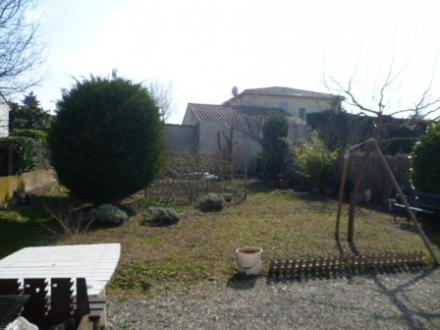 Location Maison avec jardin 2 pièces L'Isle-sur-la-Sorgue (84800)