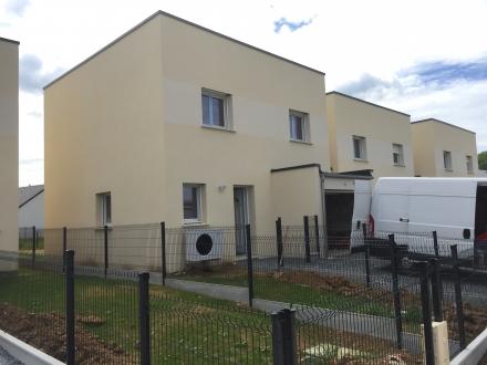 Location Maison 4 pièces Rocquancourt (14540) - ROCQUANCOURT