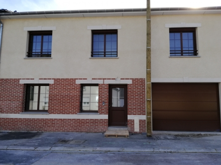 Location Maison de village 6 pièces Dommartin-Dampierre (51800)