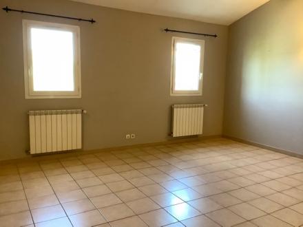 Location Appartement 3 pièces Maubec (84660) - COUSTELLET