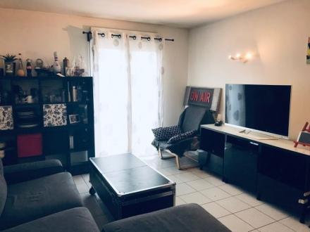 Location Appartement 3 pièces L'Isle-sur-la-Sorgue (84800) - AVEC ASCENSEUR