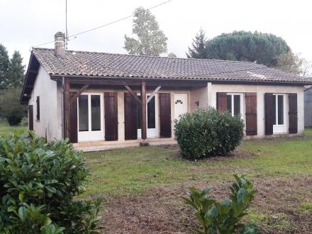 Location Maison 4 pièces Pujols-sur-Ciron (33210) - Quartier calme