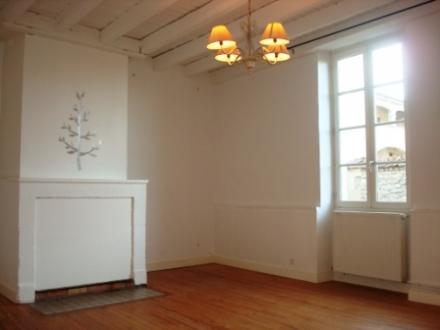 Location Maison 3 pièces Bazas (33430) - Proche école